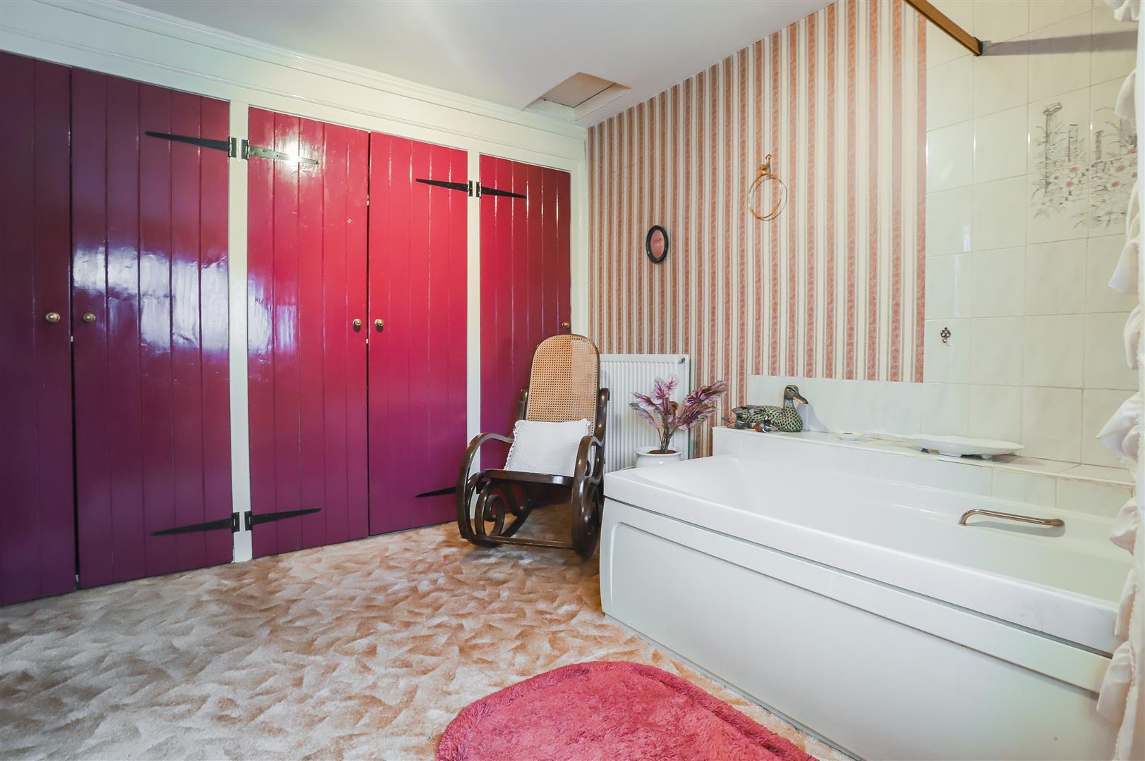 5 Bedroom Detached House For Sale - Image 51